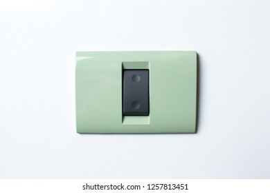 Power-cord receptacle new