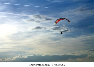 Powered paragliding in italian skies.