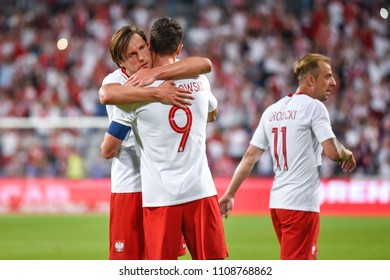 Poznan, Poland. 8th June, 2018. International Football friendly match: Poland v Chile 2:2. Grzegorz Krychowiak (L) and Robert Lewandowski (R) joy after scoring goal