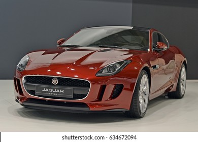 Jaguar Car Images Stock Photos Vectors Shutterstock