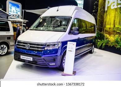 Volkswagen Crafter Images, Stock Photos & Vectors | Shutterstock