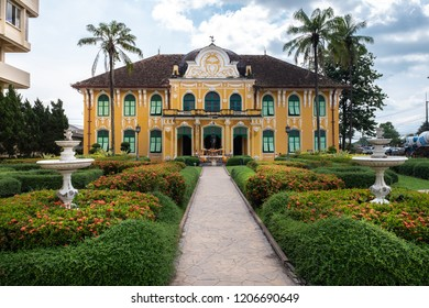 PRACHINBURI,THAILAND - OCT,5 2018:The ancient building of Chao Phya Abhaibhubejhr Hospital Where is famous for its first building which was constructed in 1909 in Baroque architecture .