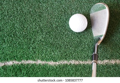 Practice putting, swinging golf on this artificial synthetic putting greens grass