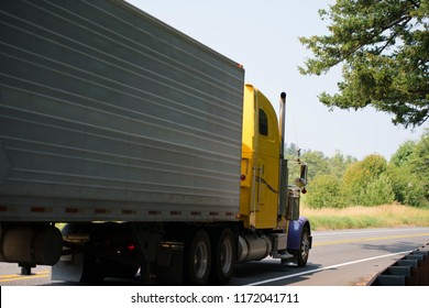 The practice of transporting refrigerated frozen food in refrigerated trailers of semi trucks allows carriers to deliver goods to destination in a timely manner ensuring the turnover in the country