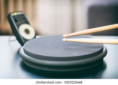 Practicing Drum With Metronome