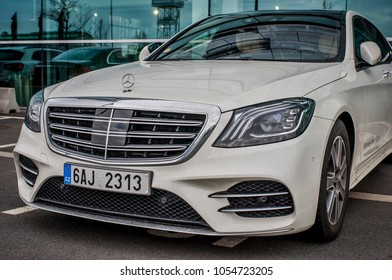 PRAGUE, THE CZECH REPUBLIC, 24.3.2018 - Front view Mercedes Benz S400d in front of Car store Mercedes in Prague. S400d parking