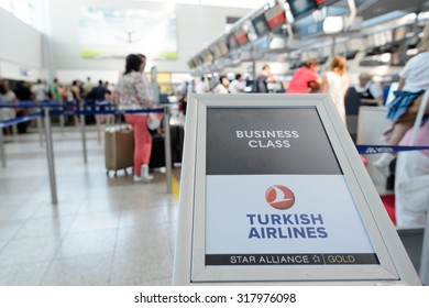 Turkish Airlines Images, Stock Photos & Vectors | Shutterstock