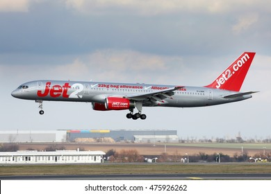 PRAGUE, CZECH REPUBLIC - FEBRUARY 26: Jet2 Boeing 757-236 lands at PRG Airport on February 26, 2016. Jet2 is a British low-cost airline.