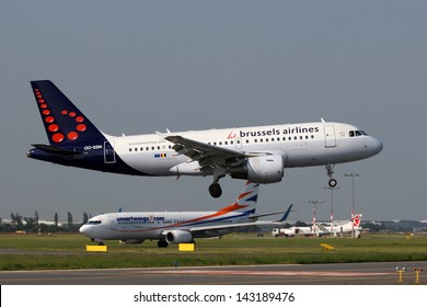 PRAGUE, CZECH REPUBLIC - JUNE 19: Brussels Airlines Airbus A319 lands at PRG on June 19,2013. Brussels Airlines is the flag carrier airline of Belgium.  The airline is a member of the Star Alliance