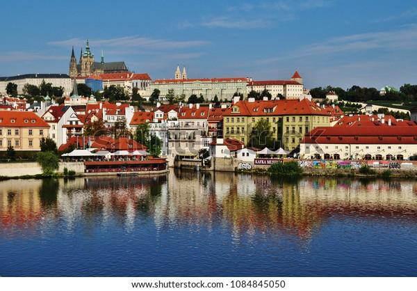 PRAGUE, CZECH REPUBLIC – SEPTEMBER 10, 2015: Prague Castle and Vltava River