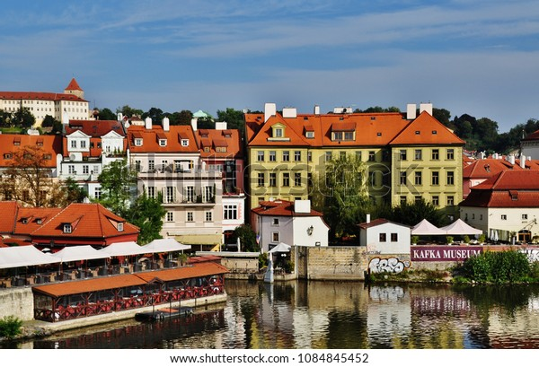 PRAGUE, CZECH REPUBLIC – SEPTEMBER 10, 2015: Prague Castle and Vltava River