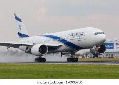 PRAGUE - JULY 10:B777 El Al lands PRG in Prague, CZE on July 10, 2010. EL AL has one of the best safety and tight security in the industry
