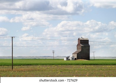 Prairie landscape with an old grain elevator
