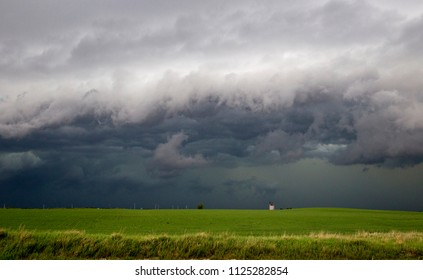 Prairie Storm Clouds Canada Saskatchewan Summer Warnings