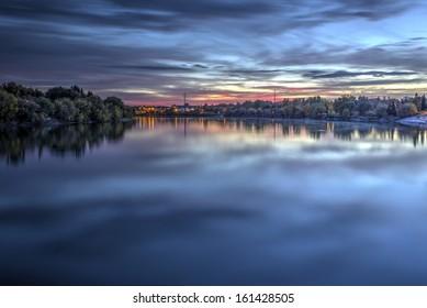 The prairie sunset on the South Saskatchewan River in Saskatoon, Canada