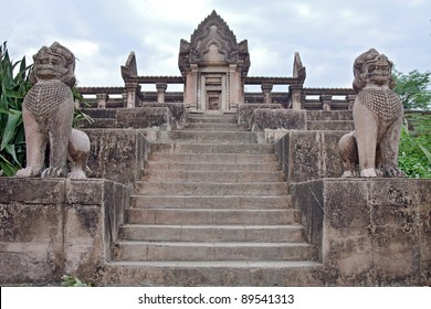 Prasat Phra Wihan (Preah Vihear) copies of temple in Ancient Siam