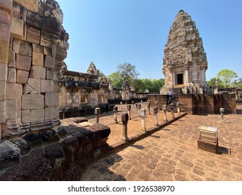 Prasat Sdok Kok Thom : It is Khmer castle. It is a large and important archaeological site of Sa Kaeo Province.