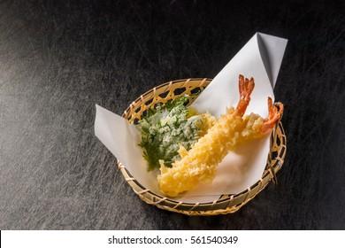 Prawns tempura (Japanese deep-fried food)