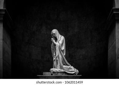 praying Madonna - black and white image