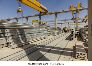 Precast concrete hollowcore slabs