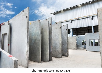 Precast concrete wall panel for construction building in factory
