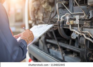 Preforming a pre-trip inspection on a truck,preventive maintenance,Check truck engine,Check the lubricating oil.