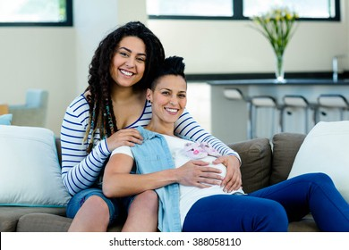 Free graphics of expecting lesbian mothers