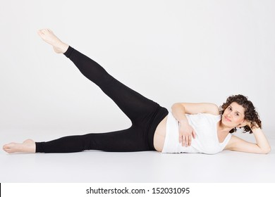 Pregnant woman doing legs workout