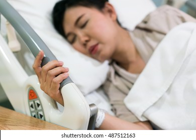 pregnant woman patient feeling pain in hospital