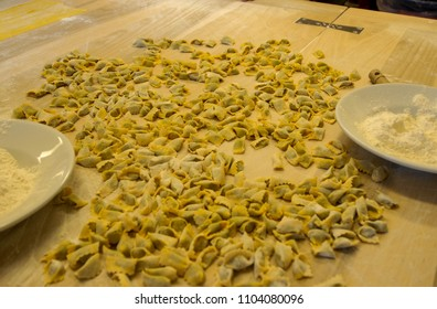 Preparation of agnolotti. Typical pasta of the Langhe, Piedmont - Italy