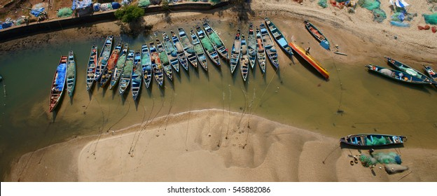 Preparation of boats for fishing. From the river Buga, they put out to sea