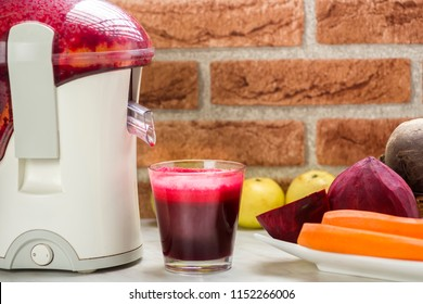 preparation of juice from red beets