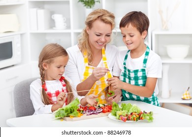 Preparing fresh food with the kids - healthy eating education