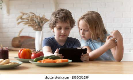 Image result for child play mobile game during food
