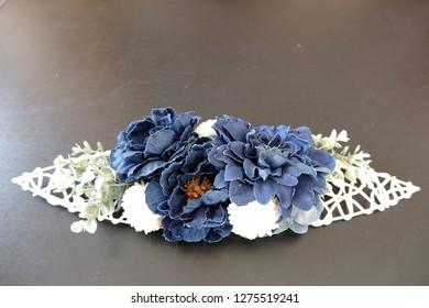 Preserved flower arrangement