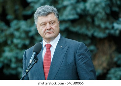 President of Ukraine Petro Poroshenko met with reporters during a visit to Odessa, 2015.07.08.