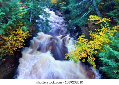 Presque Isle River Northwoods Michigan