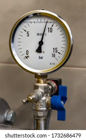 Pressure gauge from misc technical installations