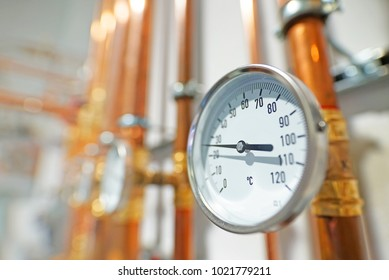 Pressure gauge on brass tubes