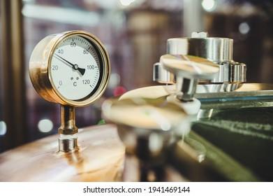 Pressure sensor for beer production. Barometer in production