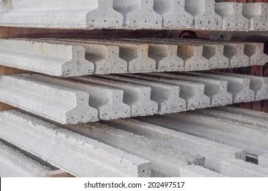 Prestressed precast pretensioned reinforced concrete beam