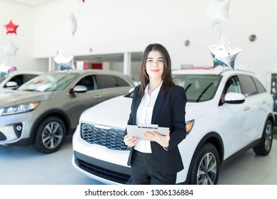 Pretty car dealer dedicated to provide the best possible customer service at dealership