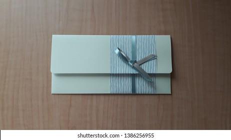 A pretty gift card envelope