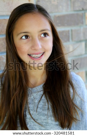 girls with brown eyes and brown hair