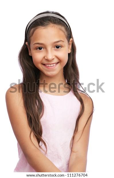 Schönes kleines Mädchen einzeln