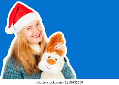 72157f040a5ae Pretty smiling adult woman dressed in warm sweater and scarf