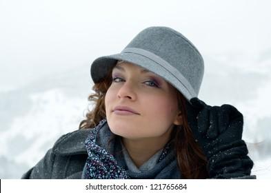 pretty woman portrait outdoor in winter