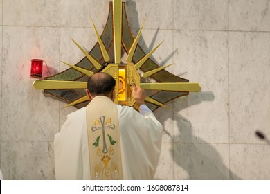 priest mass in a Christian church.Clergyman performing mass Christianity Roman Catholic To remember Jesus ordering his disciples while eating their last meal. In a Christian church