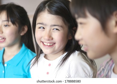 Primary Japanese girl with a smile