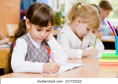 Primary school pupils during the exam